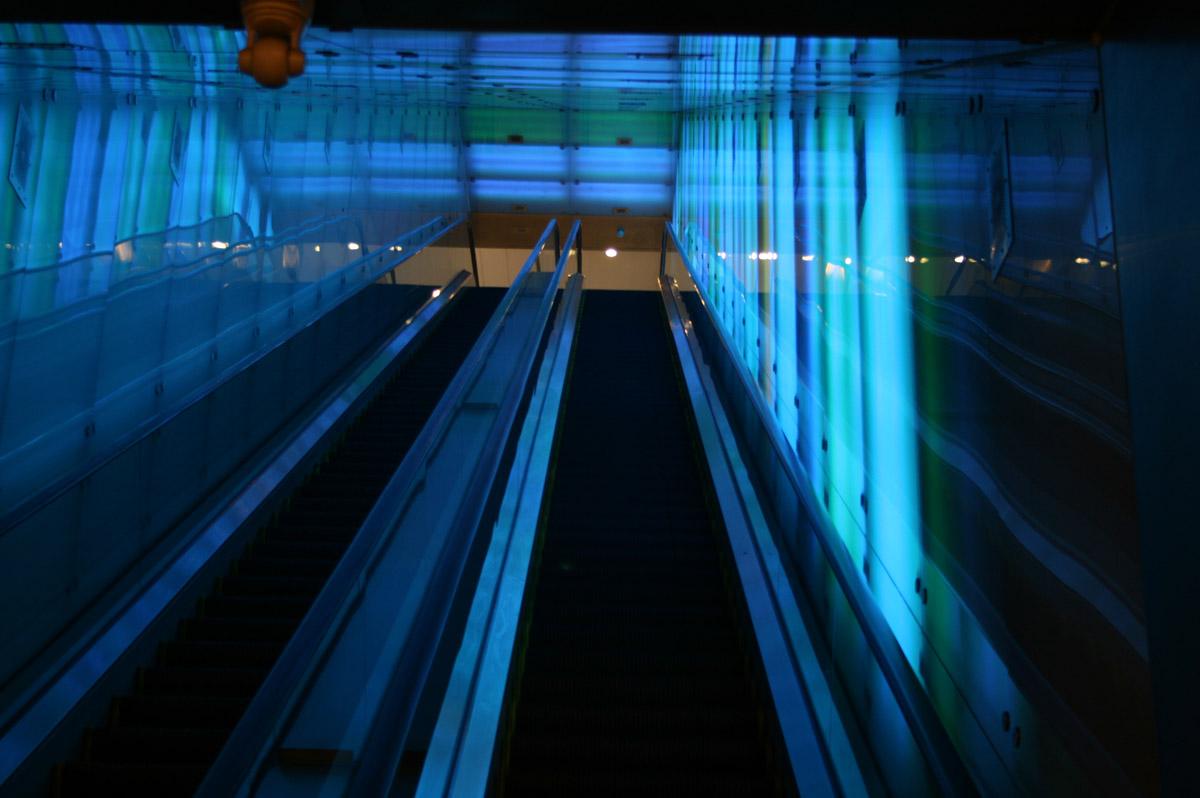 tunneloflight2.jpg