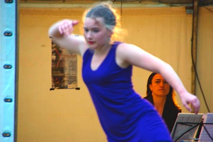 Danse contemporaine : les formes de la radicalité / Christiane Vollaire dans Danse aude3-copie