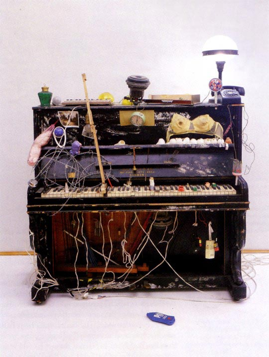 Nam-June-Paik-Piano-Integral-1963-540x716